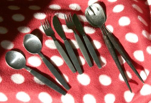 Kitten-cutlery