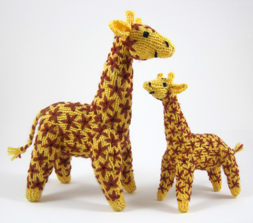 Knitted giraffe mother and baby