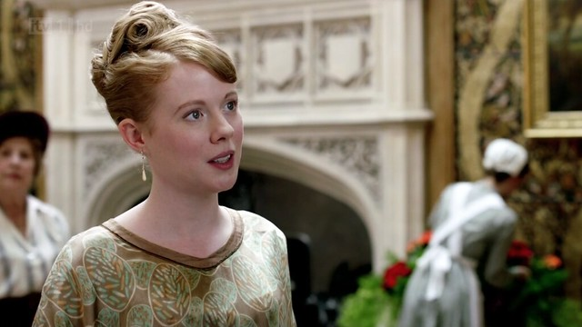 DowntonAbbeyS02E08_Laviniahair