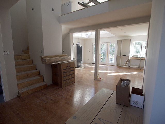 foyer to kitchen 2