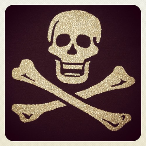 Skull and crossbones by Darrin Nightingale