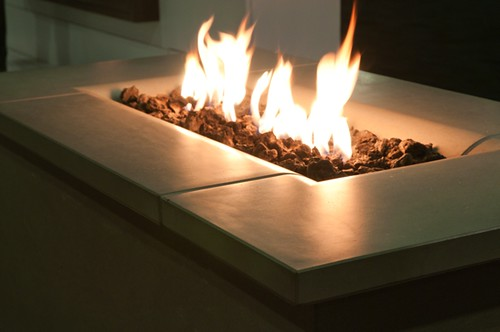 Firetable Solus Linear Fire Pit close up