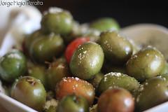 cruciferous vegetables(0.0), plant(0.0), crop(0.0), caper(0.0), vegetable(1.0), olive(1.0), produce(1.0), fruit(1.0), food(1.0),