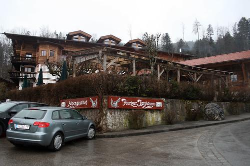 """Berggasthof """"Zum feurigen Tatzelwurm"""""""