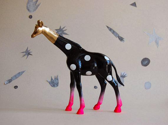 giraffe neon