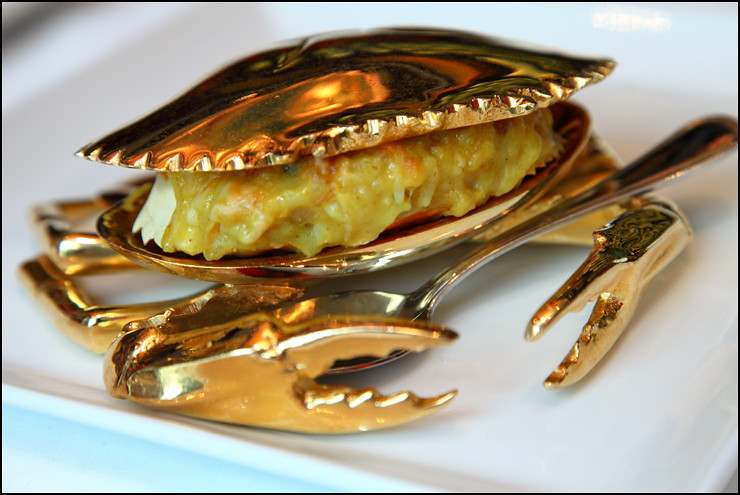 golden-crab-fried-rice