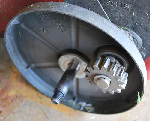Tom S Rants My Sears Craftsman Self Propelled Mower Won T