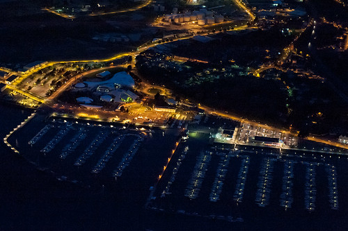 _LN12410 : La marina du Moulin Blanc by night