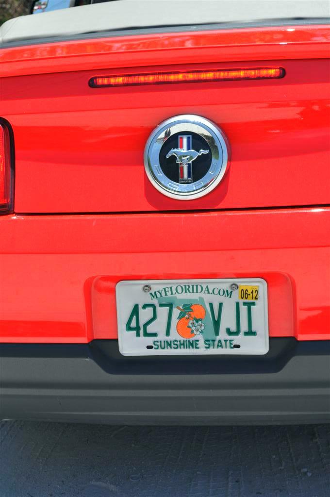 Matrícula original del Ford Mustang que empezó su viaje en Key West y acabó en Madrid (España) florida keys, carretera al paraíso (mejor con un mustang) - 7214474418 13496c40cb o - Florida Keys, carretera al paraíso (mejor con un Mustang)