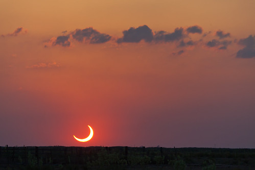 sunset sun moon eclipse day cloudy tx crescent astronomy nm solareclipse annulareclipse lubbocklunacy