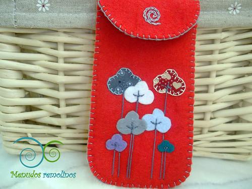 Funda de móvil Modelo bosque en tonos rojos