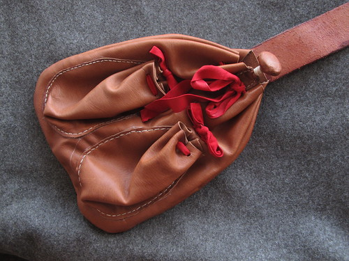 kampfrau bag - with open lid