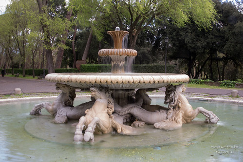Fontana dei cavalli marini (Villa Borghese - Roma)