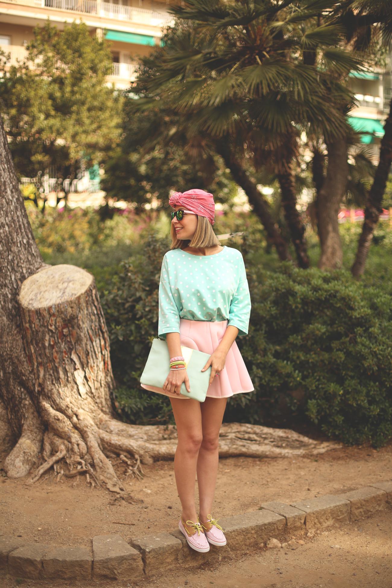 girl, blonde, fashion blogger, blackguard 64, gafas de espejo, falda rosa, look lady, skater outfit, turbante, steve madden, spanish blog,