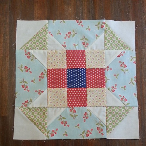 And block 11 of the @fatquartershop mystery bom is done! #1moretogo