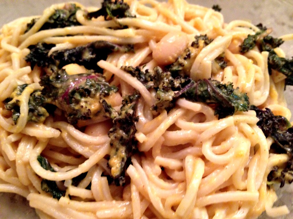 Peanut Noodles with Kale and Beans