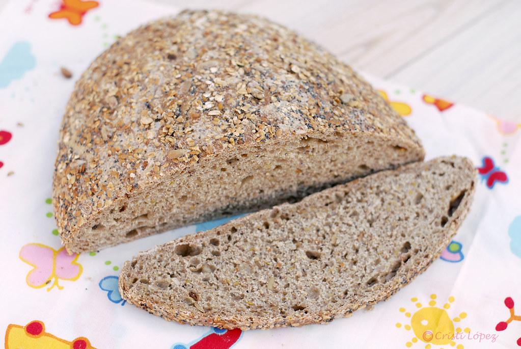 Pan de semillas con harina de espelta