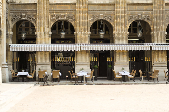 Café in the Jardin du Palais Royal