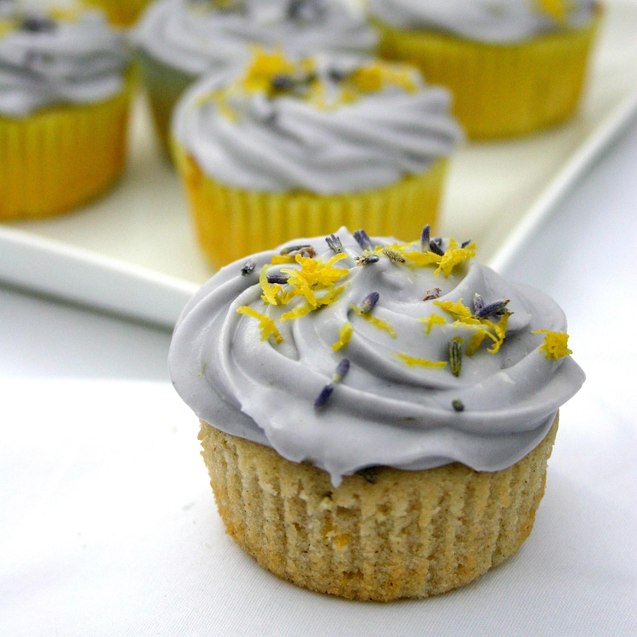 Jesicakes: Honey, Lavender, and Lemon Cupcakes