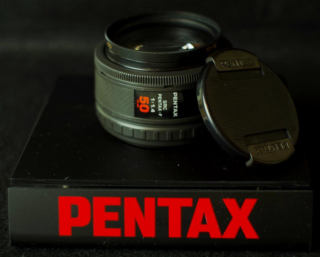 SMC PENTAX-F 1:1.4 50mm