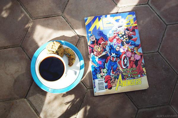 aliciasivert, alicia sivertsson, coffee, avengers, the avengers, captain america, iron man, thor, fika, trekaffe, marvel, magazine, comics, cookie, växthuskaffe, kaffe med dopp, kaffekopp, kaka, muminmugg arabia, serietidning