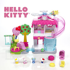 Squinkies Hello Kitty All About Town Playset