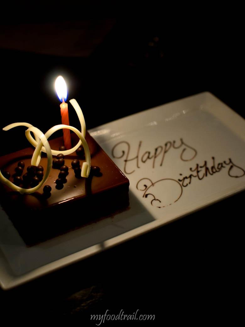 Mr Hive Kitchen & Bar - Complimentary birthday cake