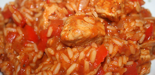 32 - Serbisches Reisfleisch / Rice with meat & paprika - CloseUp