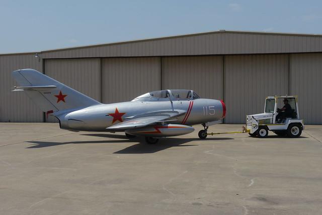 Mikoyan Gurevich MiG-15 UTI