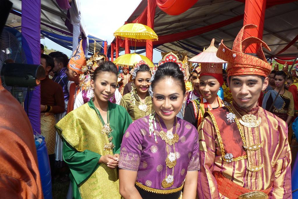10 Things That Make You Malaysian