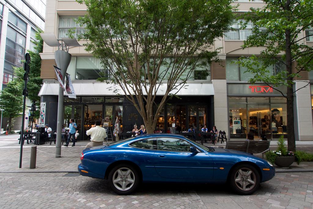 青いJaguar 2012/06/10 OMD01563