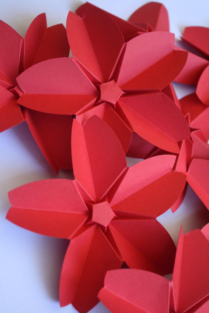 fleurs de cerisier origami. Black Bedroom Furniture Sets. Home Design Ideas