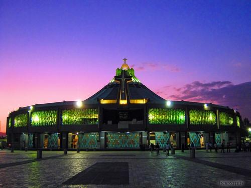 sunset church méxico mexico atardecer temple lights luces mexicocity iglesia templo basílicadeguadalupe ciudaddeméxico villadeguadalupe booxmiis