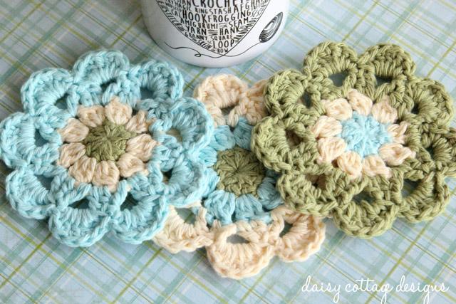 Free Pattern Crochet Japanese Flower : Japanese Flower Motif Crochet Pattern - Daisy Cottage Designs