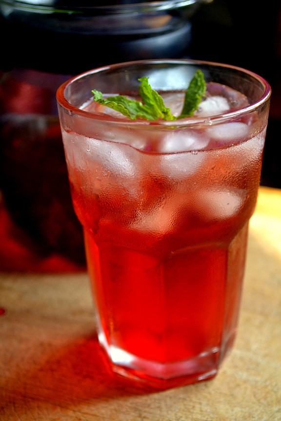 Rose Mint Green Iced Tea