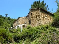 Maisons habitées du hameau de l'Agnu