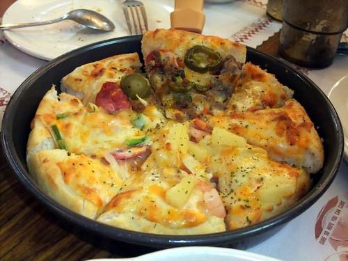 卡不里吃到飽pizza