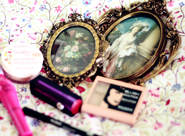 bourjois and round vintage pictures