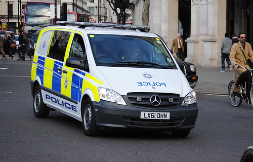British Transport Police / Mercedes Vito / Armed Response Vehicle / A33 / LX61 DHN