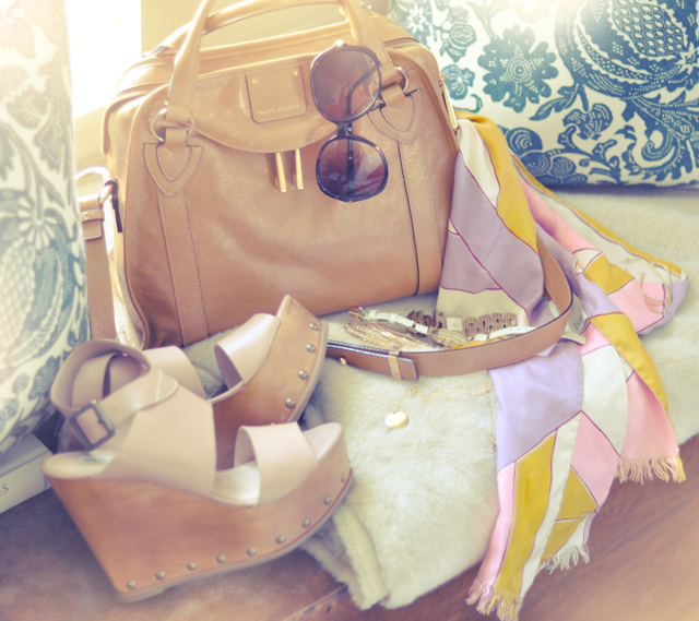 accessories-bag-shoes-scarf-sunglasses-jewelry