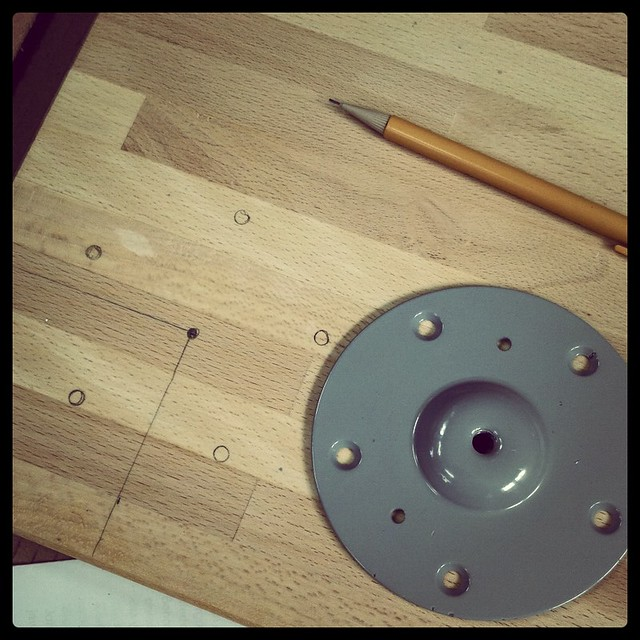 Solid wood desk - Step 2: More measuring
