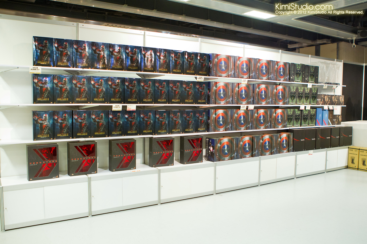 2011.11.12 HOT TOYS-139