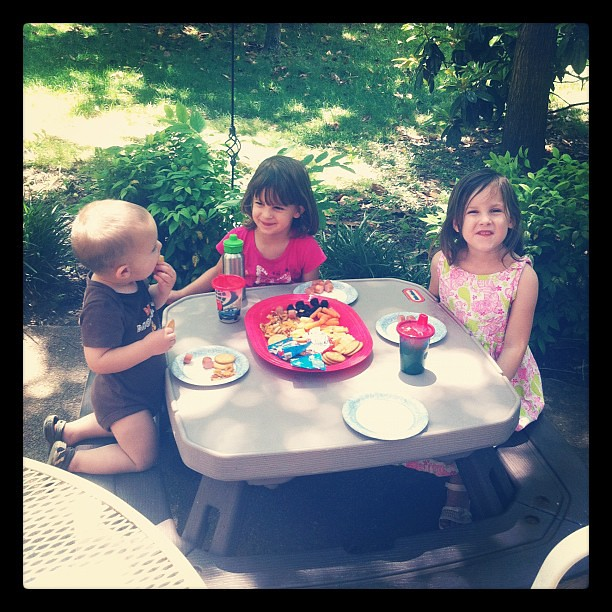 It's a picnic lunch kind of day.