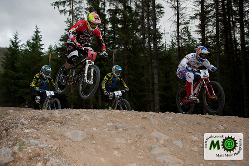 Photo ID 2 - 1 Tomas Slavik - RSP, 2 Michal Prokop - Specialized, 4x Pro Tour, Fort William MTB World Cup 2012