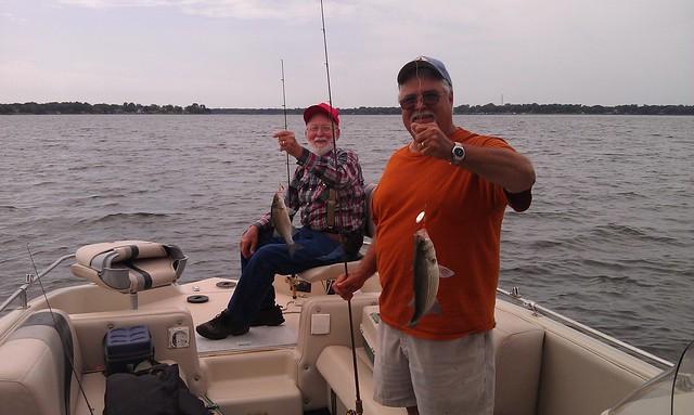 Cedar creek reports whites hybrids striper texas for Cedar creek fishing report