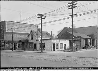 South east corner Dundas & Chestnut Streets
