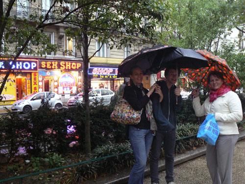 touristes à Pigalle.jpg