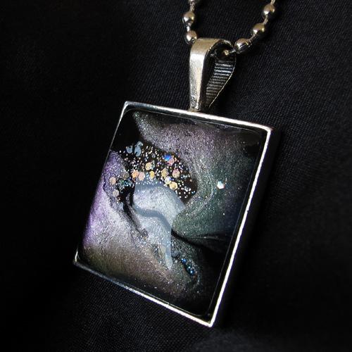Nail polish pendant