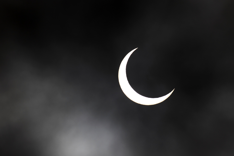 052112_05eclipse02
