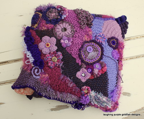 Freeform Cushion